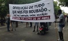 Paz, Pão, Habitação, Saúde, Educação: a atualidade das reivindicações do 25 de Abril