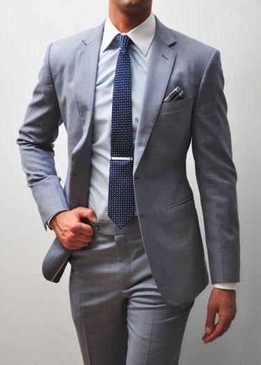 卒園式入学式の父親の服装〜スーツやネクタイの色や柄のNGは?