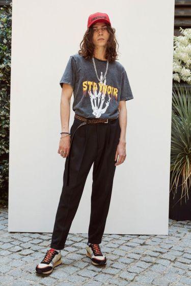 【媚びないモテスタイル】30代メンズトレンドTシャツコーデをピックアップ!