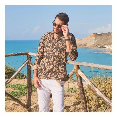 40代メンズの夏コーデに似合うカプリシャツおすすめ11選