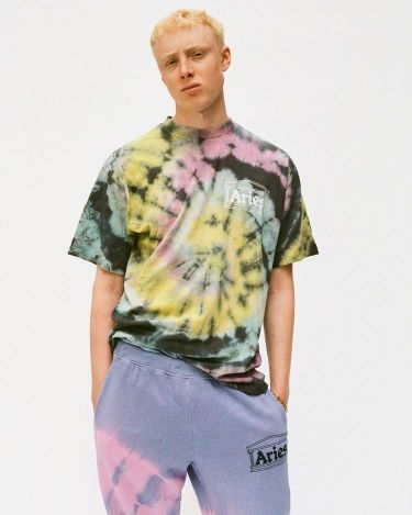 40代メンズのロゴTシャツは控えめが粋!チビロゴTシャツおすすめ15選