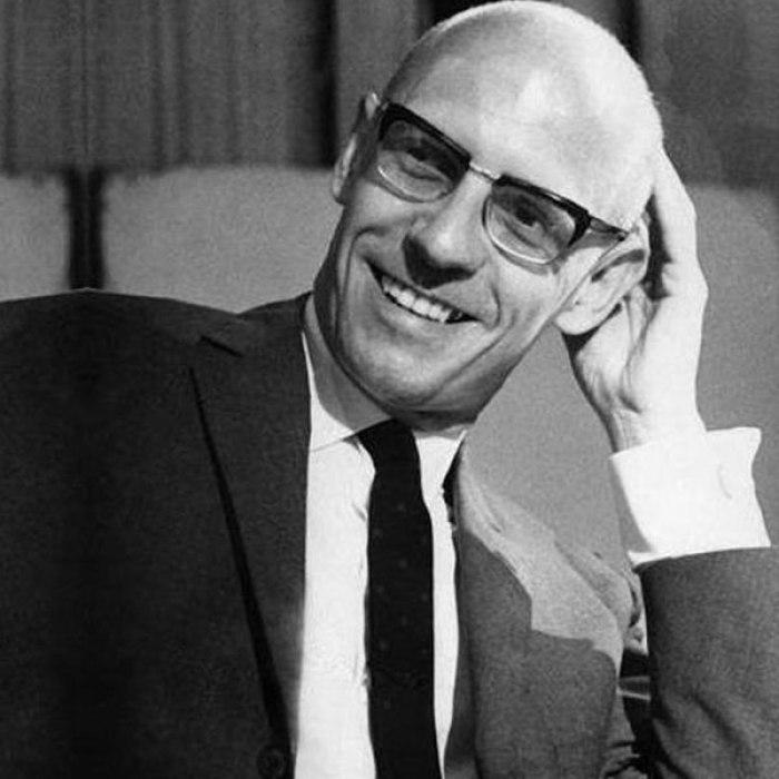 Michel_Foucault_sithum