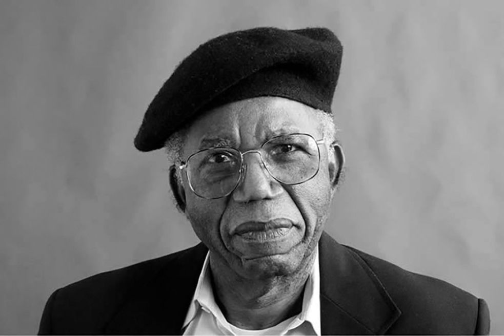 Chinua-Achebe.jpg