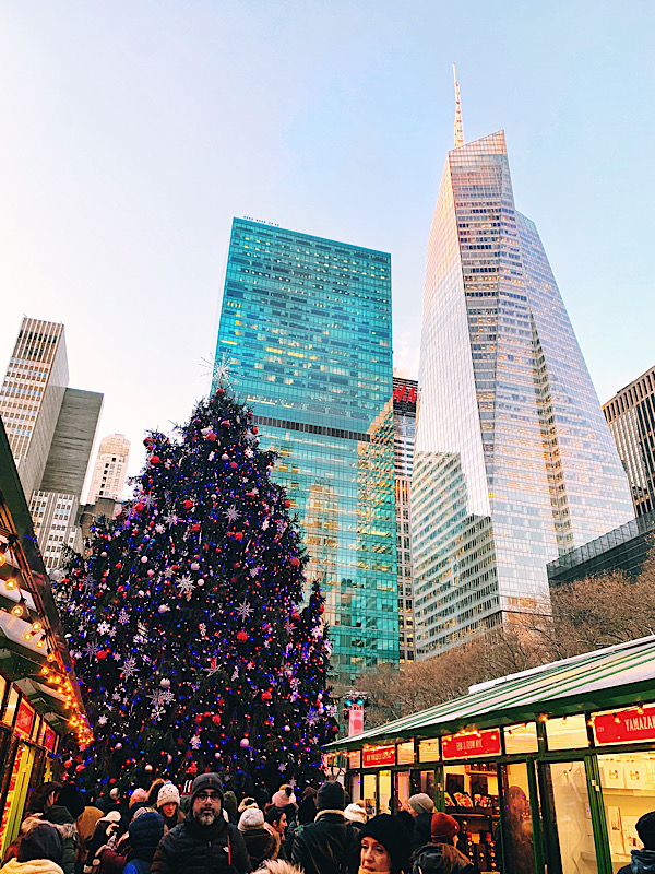 Christmas in New York City, Bryant Park
