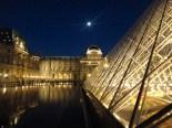 Le Louvre et la lune