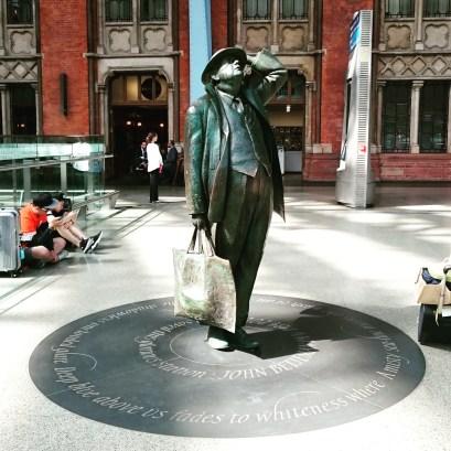 Sir John Betjeman statue at St Pancras International station. London #poetry #Betjeman #London ©studyreadwrite