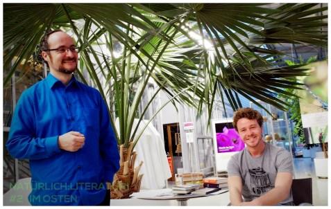 Montag, 25.05.15, 19.30 Uhr: Lesung der Literaturreihe im Botanischen Garten. IM OSTEN (Termin 2). Florian L. Arnold (links), Rasmus Schoell (rechts). Foto: Dietmayr, 2015