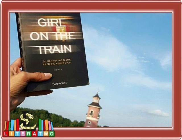 Girl on the Train ~ Paula Hawkins