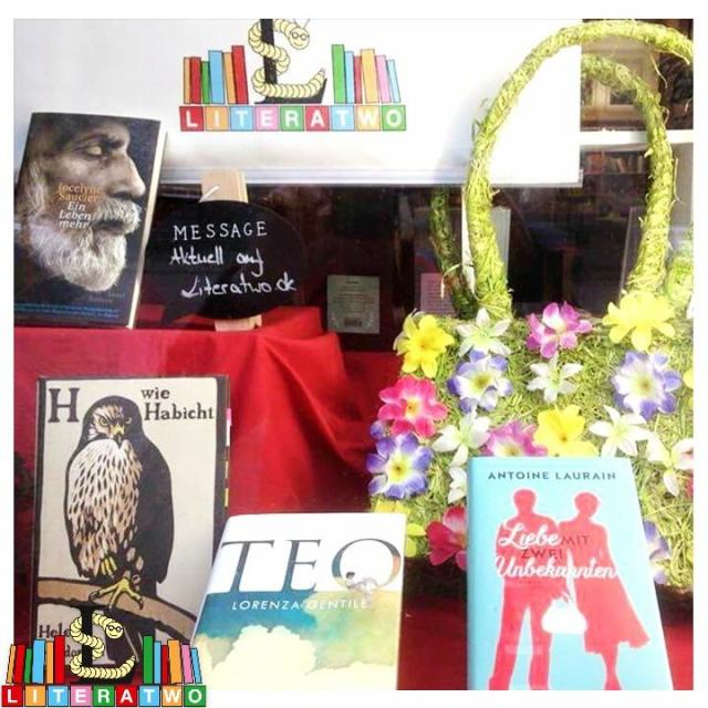 Buchhandlung Findus - Schaufensterblick