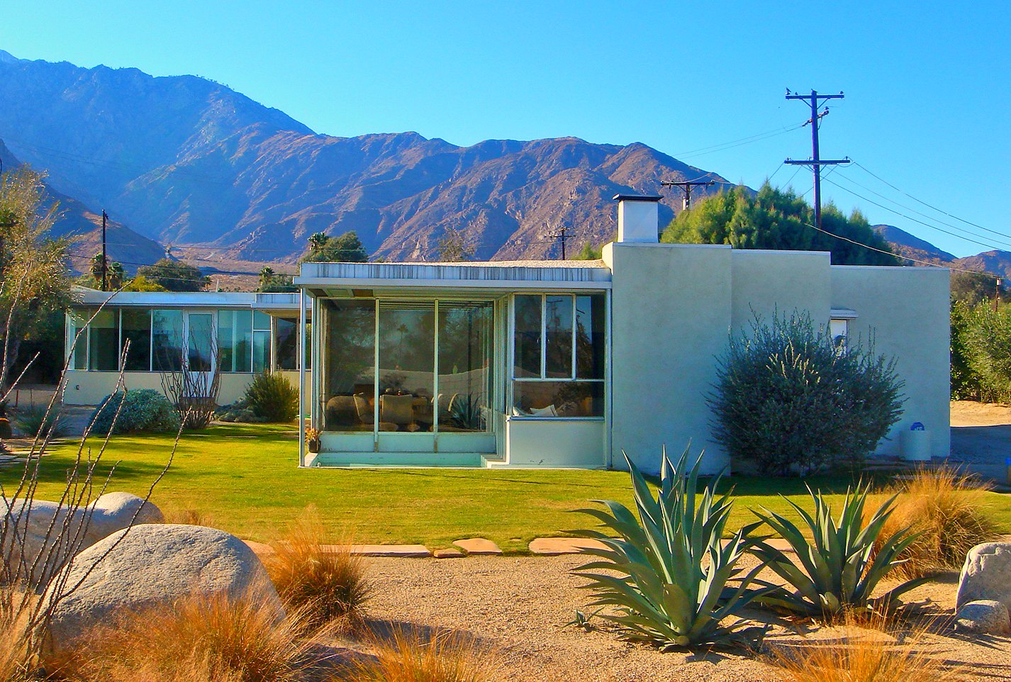 Home Inspiration Mid Century Modern  Litter and Vintage