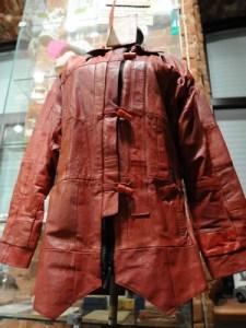 Кожаная куртка из обложек партбилета
