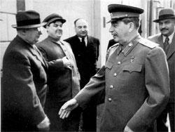 18191646_beriya_beriya_stalin1