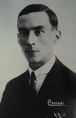 Морис Конради