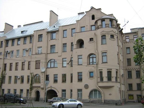 Дом, в котором жил Яков Перельман с женой