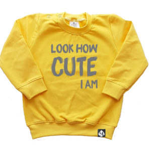 baby sweater geel cute