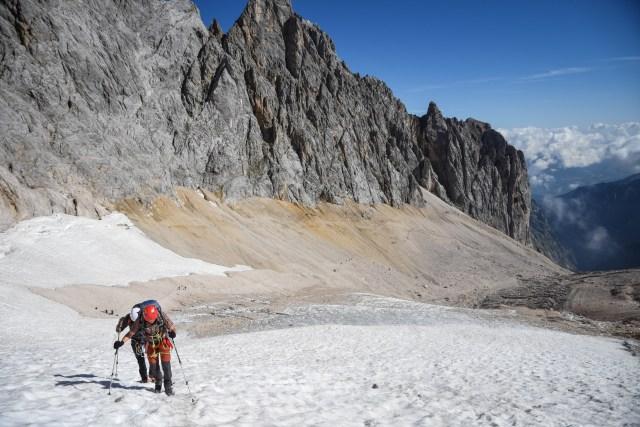 Germany Zugspitze Glacier Upwards