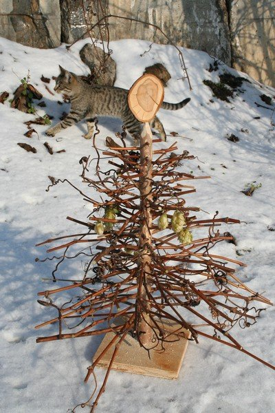 alternative christmas tree by woodrepublic 6