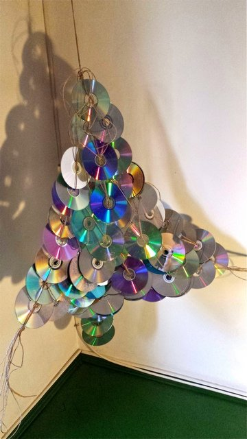 alternative christmas tree by mihaela dancs 6