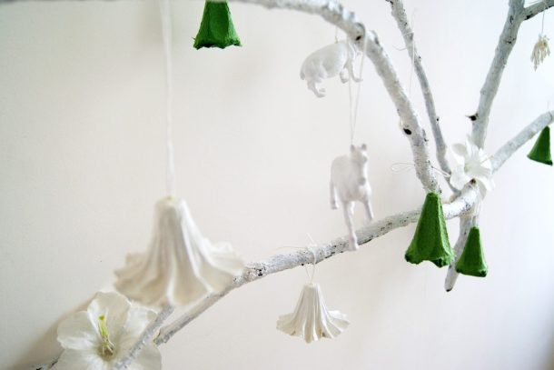 alternative christmas tree by amalia dulhan 6