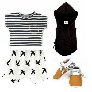 Flatlay Shorts - Birds white. jpg