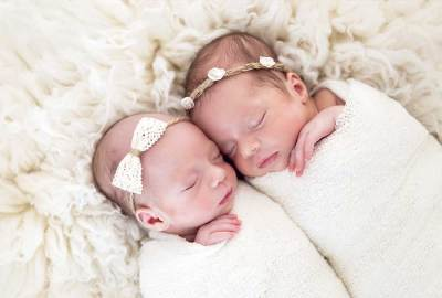 little-bambinos-photography-gold-coast-newborn-twins-4