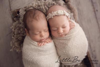 little-bambinos-photography-gold-coast-photo-gallery-newborn-2-(2)