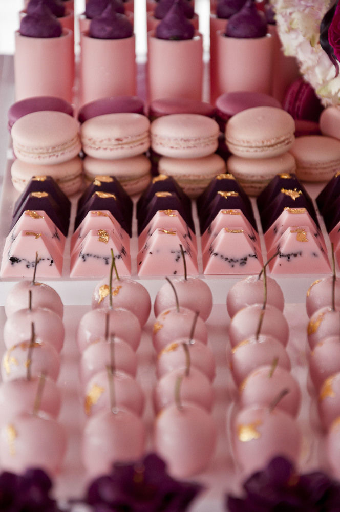 Burgundy and Pink with hints of gold  This Stunning Balloon Themed Party is by Styled by Coco