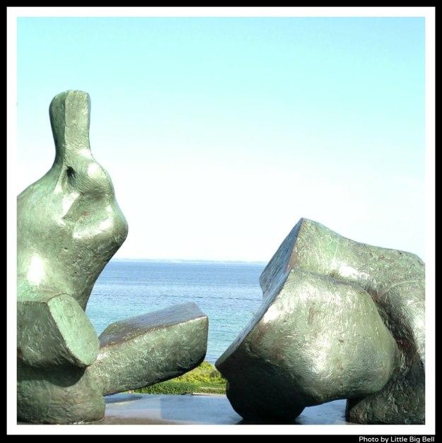 Henry-Moore-sculptures-Louisiana-museum-of-modern-art-Copenhagen