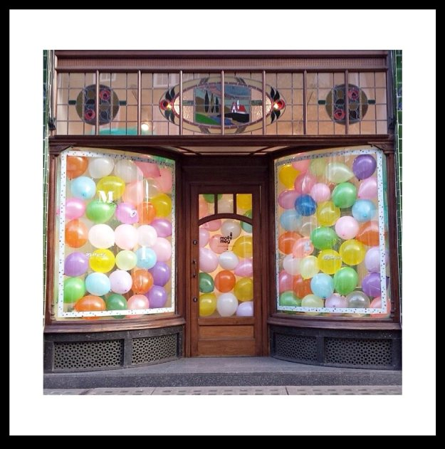 Molly-Meg-pop-up-store.jpg