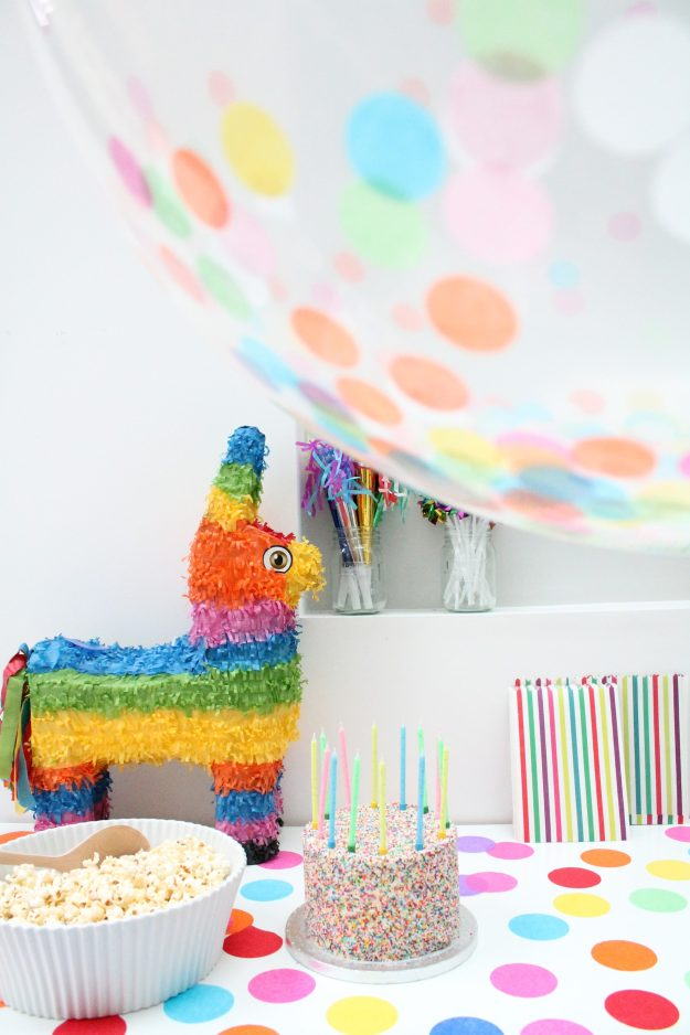 Pinata-party-Little-Big-Bell