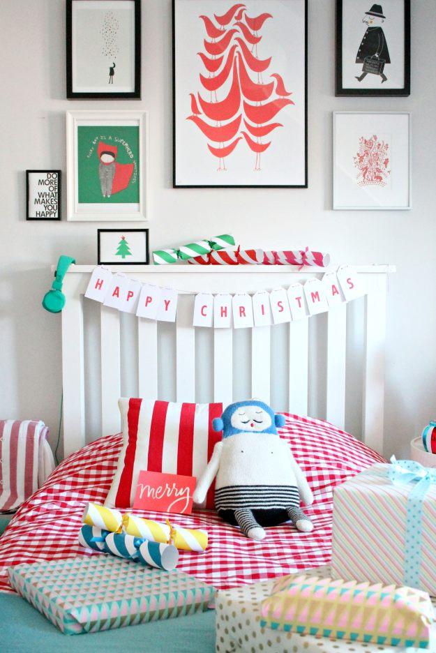 Christmas-bedroom-decor-Little-Big-Bell