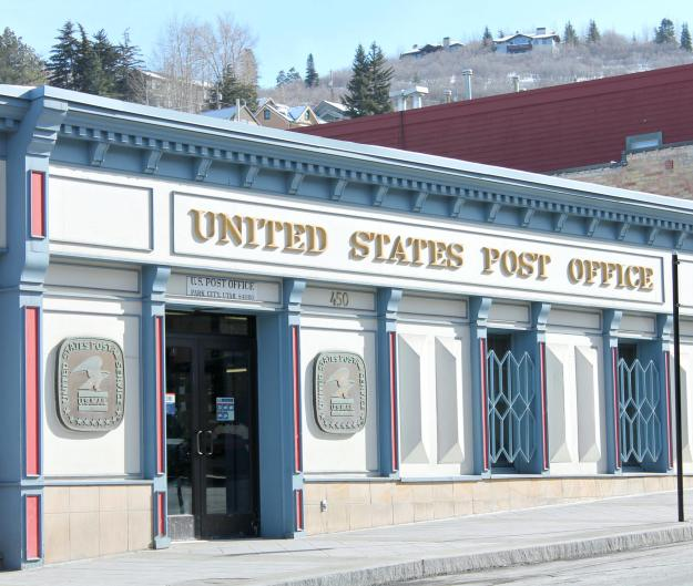 United-states-post-office-Park-City-Utah-photo-by-Little-Big-Bell