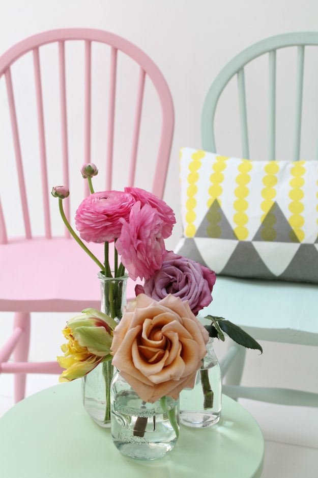 Pastel-chairs-Little-Big-Bell