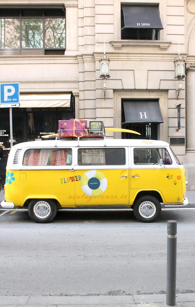 yellow-camper-van-1-photo-by-Little-Big-Bell