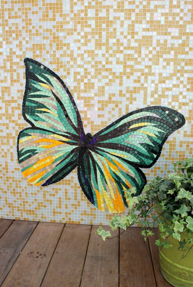 Kips-Bay-show-house-2015-Butterfly-mosaic-wall-Rottet-studio-featured-on-Little-Big-Bell