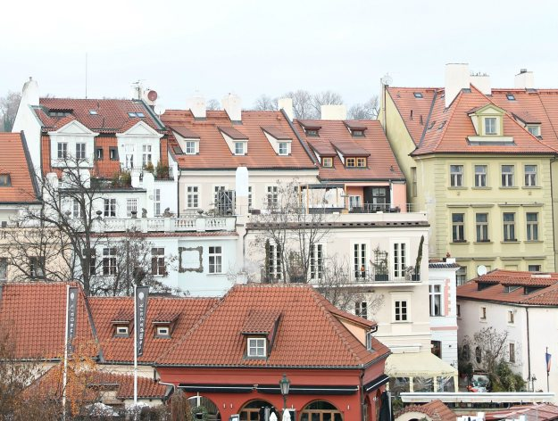 Colourful-Prague-photo-1-by-Little-Big-Bell