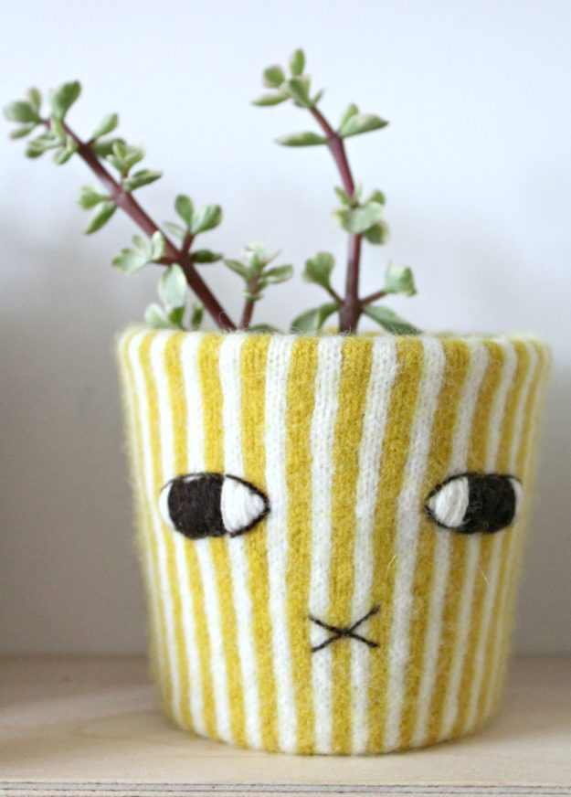 Donna-Wilson-plant-pot-holder-photo-by-Little-Big-Bell
