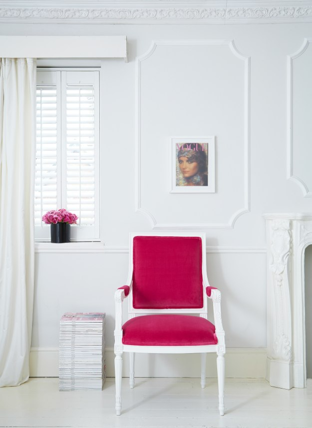 Pink-velvet-chair-the-French-bedroom-company