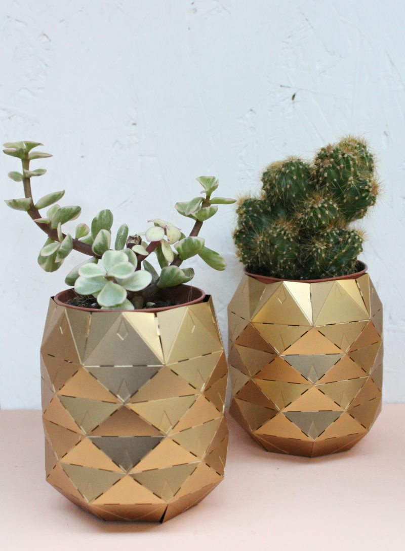 brass-geometric-pots-photo-by-little-big-bell