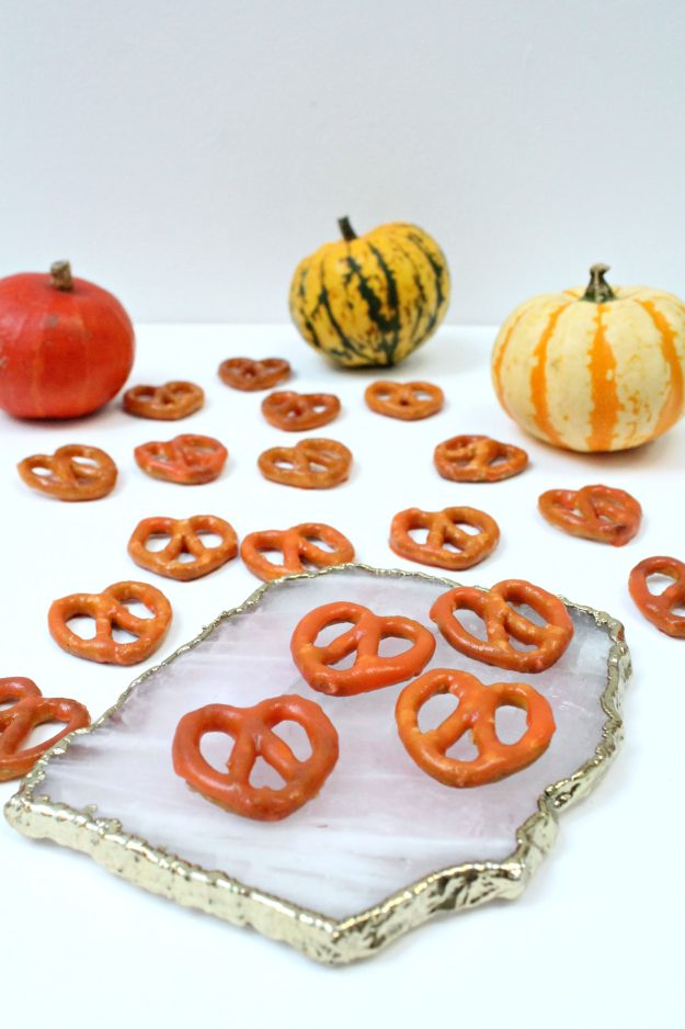 chocolate-pumpkin-pretzels-little-big-bell