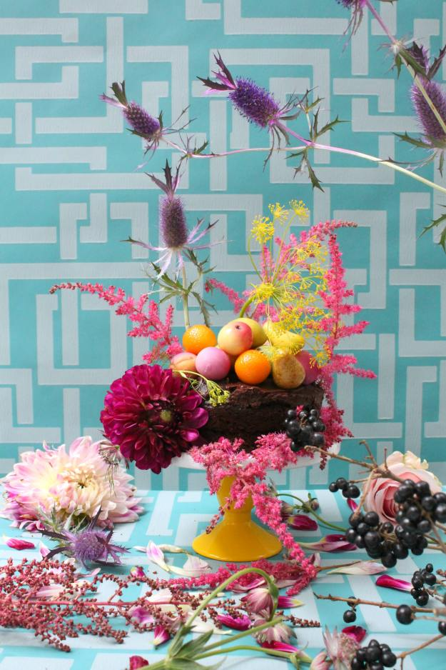 teal-turquoise-wallpaper-called-enigma-by-farrow-and-ball-styling-and-photo-copyright-of-little-big-bell