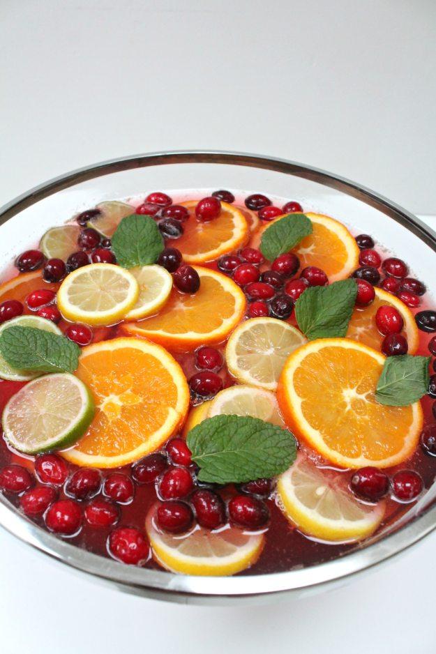 cranberry-cocktail-little-big-bell