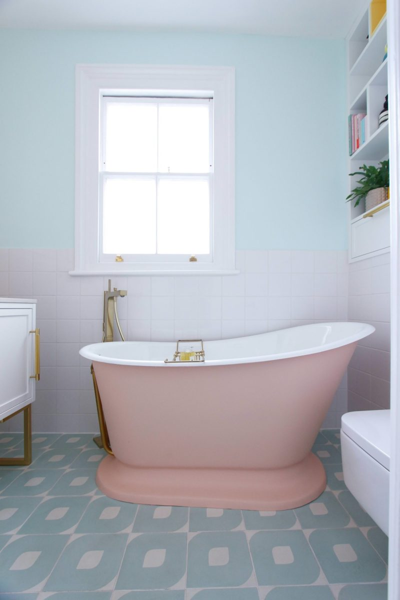 pastel colour bathroom