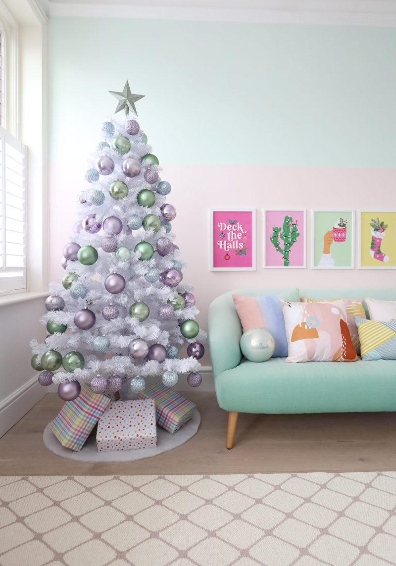 Lilac christmas tree baubles