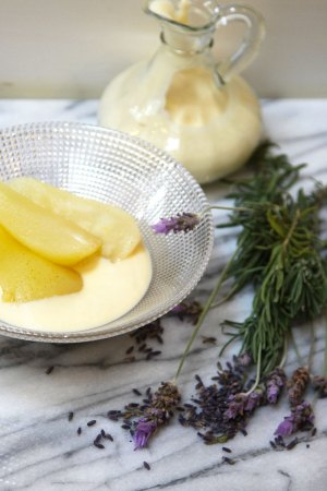Vanilla Poached Pear with Sugar-free Lavender Custard