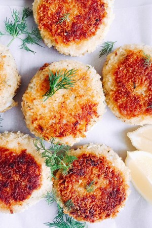 Fish cakes with potato and dill - super easy to make and perfect for lunch or a light dinner. Serve with a simple salad