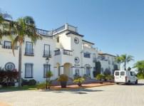 Apartments Leo San Bruno