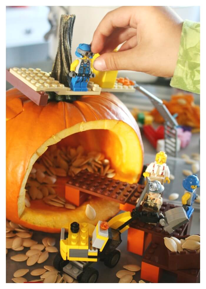 √ Lego Pumpkin Carving Ideas