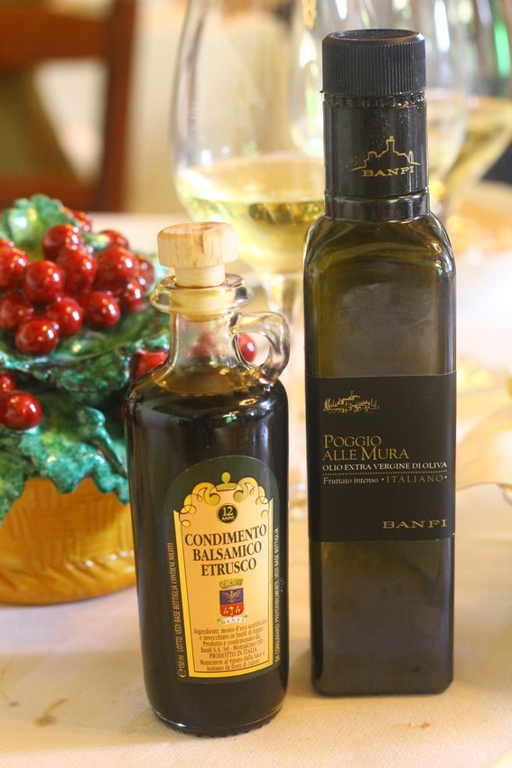 "The extra virgin olive oil ""Poggioalle Mura FruttatoIntenso"