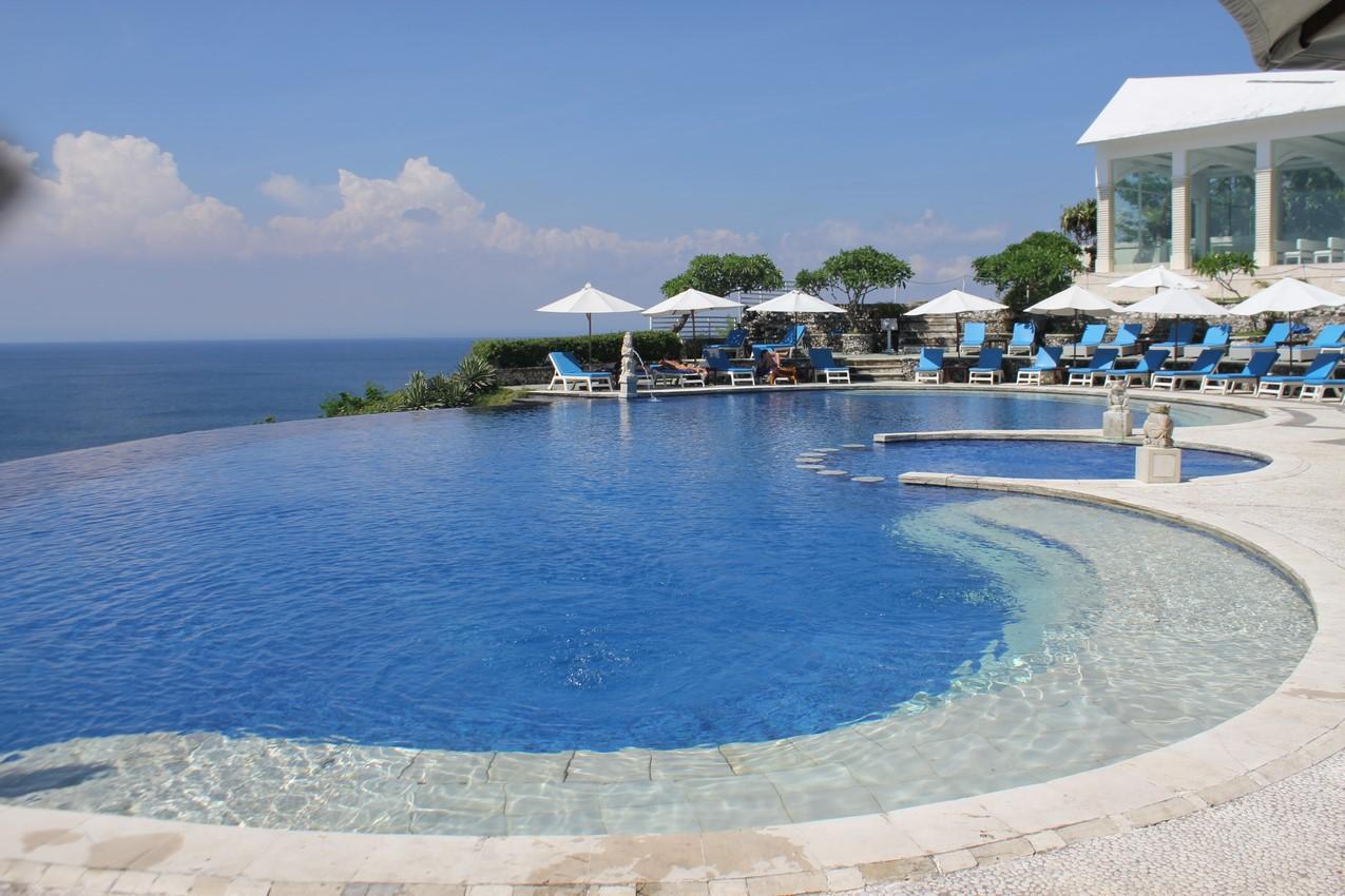 pool Uluwatu, Bali